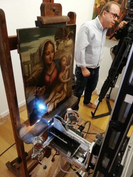 Investigating the making of the Virgin of the Yarnwinder by Leonardo da Vinci, Spain